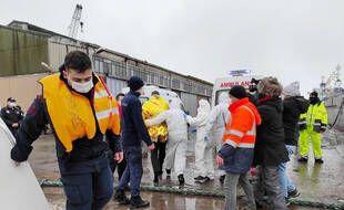 Une frégate turque a été mobilisée pour porter assistance aux victimes de ce naufrage.