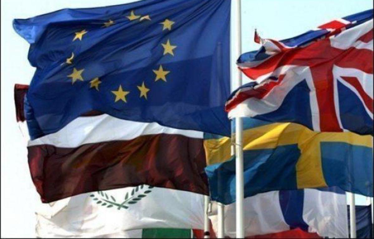 La République tchèque a pris mercredi à minuit heure locale (23H00 GMT) la succession de la France à la présidence semestrielle de l'Union européenne (UE), marquée à Prague par l'illumination du métronome géant qui surplombe le centre ville. – Gérard Cerles AFP/Archives