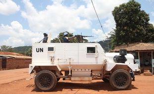 Des membres de la mission de l'ONU en Centrafrique (Minusca) patrouillent à Bangui, en Centrafrique, le 3 octobre 2015.
