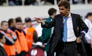 Andre Villas-Boas, l'entraîneur du FC Porto, pendant le match contre Besiktas à Istanbul, en octobre 2010.