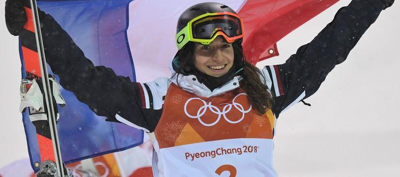 Perrine Laffont, championne olympique 2018 de ski de bosses à Pyeongchang, commence une nouvelle saison de Coupe du monde.