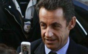 """""""Le président de la République effectuera le dimanche 30 et le lundi 31 décembre une visite officielle en Egypte. Il se réjouit tout particulièrement de sa visite, et de la rencontre qui est prévue avec le président Hosni Moubarak"""", a déclaré M. Martinon lors de son point de presse hebdomadaire."""