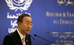 """Le secrétaire général de l'ONU, Ban Ki-moon, a demandé dimanche au président Bachar al-Assad d'""""arrêter de tuer"""" en Syrie, où la révolte populaire est entrée dans son 11e mois, soulignant que tout dirigeant qui usait de la force courait """"à sa perte""""."""