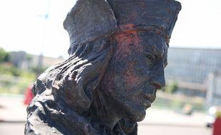 Cette statue de Christophe Colomb a été vandalisée à Rouen, le 23 juin.