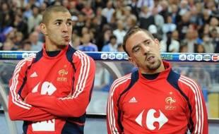 Les footballeurs français Franck Ribéry et Karim Benzema, accusés d'avoir eu recours au service d'une prostituée mineure, la désormais célèbre Zahia, sauront le 30 janvier s'ils sont relaxés, comme l'a requis le parquet ou condamnés, a décidé jeudi le tribunal correctionnel de Paris.