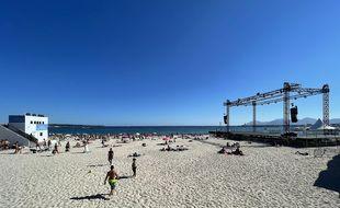 Le Cinéma de la plage côtoie les vacanciers de juillet