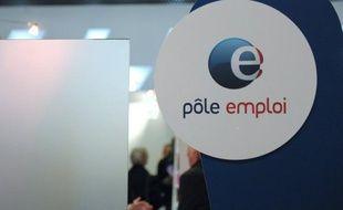 Sur fond de croissance nulle, l'économie française a détruit 66.800 emplois dans le secteur marchand en 2012, dont 65.600 dans l'intérim, une tendance qui devrait se poursuivre au moins jusqu'en juin prochain, selon l'Insee.
