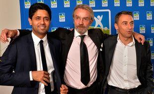 Frédéric Thiriez, le président de la LFP, entouré de Nasser Al-Khelaïfi et Olivier Sadran, en septembre 2014, à Paris.