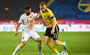 Le Suédois Dejan Kulusevski face à l'Arménie en match de préparation à l'Euro, le 5 juin 2021 à Solna.