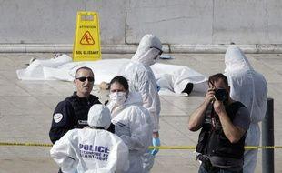 La dépouille d'Ahmed Hanachi sur le parvis de la gare Saint Charles à Marseille