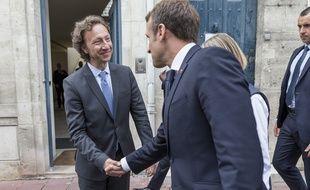 Stéphane Bern et Emmanuel Macron, le 14 juin 2018 à Rochefort.