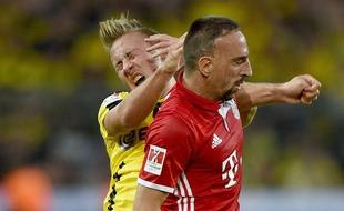 Felix Passlack au duel avec Ribery