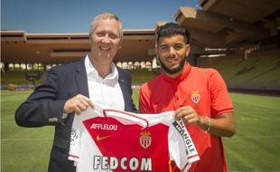 Farès Bahlouli, ce mardi aux côtés de Vadim Vasilyev, vice-président directeur général de l'AS Monaco.