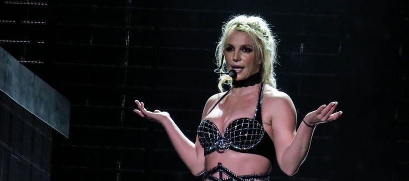 La chanteuse Britney Spears sur la scène du Scarborough Open Air Theatre