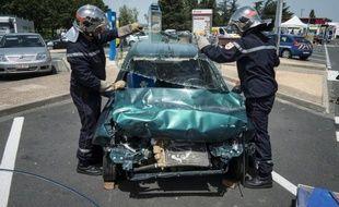 La diminution de la mortalité chez les deux-roues motorisés a contribué à faire baisser de 15,7% le nombre de personnes tuées sur les routes de France en octobre, une forte baisse qui confirme la tendance générale amorcée depuis plus d'un an.