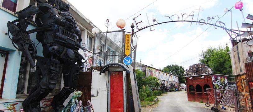 A Rennes, l'Elaboratoire va devoir déménager et cherche un terrain où poser son joyeux bordel.