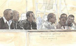 """Un homme surnommé """"Sanjab"""" (Nez cassé), a été décrit par plusieurs des six accusés somaliens de la prise d'otages du Ponant comme l'un des meneurs de cet acte de piraterie mais, n'ayant pas été interpellé, il n'est pas jugé à leurs côtés aux assises de Paris."""