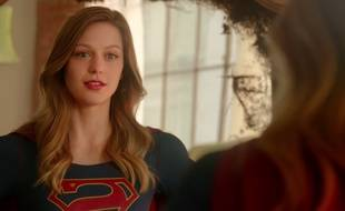 Melissa Benoist en Supergirl.
