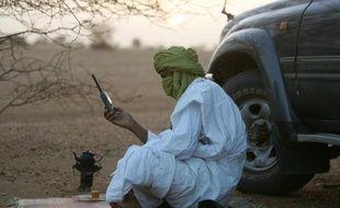 """Les rebelles touareg ont pris vendredi le contrôle de la ville stratégique de Kidal, dans le nord-est du Mali, poussant la junte militaire à s'alarmer de cette situation """"critique"""" et à appeler au soutien """"extérieur"""" pour endiguer cette avancée."""