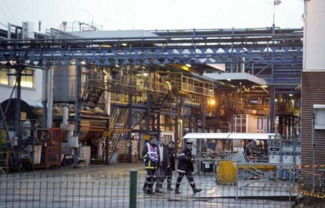 Les opérations de traitement de la cuve de l'usine Lubrizol de Rouen, à l'origine d'une fuite de gaz malodorante fin janvier ressentie jusqu'en région parisienne, ont pris fin mercredi midi, a annoncé à l'AFP la ministre de l'Ecologie Delphine Batho.