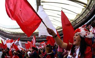 Le Wanda Metropolitano de Madrid a fait le plein pour un match de foot féminin.