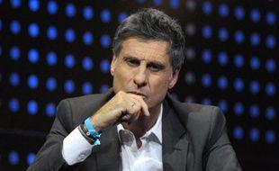 """Marc Simoncini, créateur du site de rencontres Meetic, rejoint par Jacques-Antoine Granjon (Ventes Privées.com) et Xavier Niel (Free) sont prêts à financer, à hauteur de 25.000 euros chacun, """"101 projets"""" d'entreprises conçus par des jeunes autour de 25 ans."""