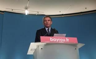 François Bayrou le 3 mai 2012, dans son QG parisien.