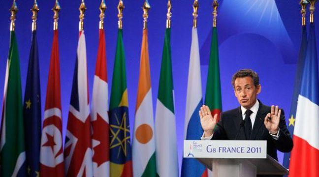 Nicolas Sarkozy lors de la conférence de presse de clôture du Sommet de Deauville, le 27 mai 2011. – REUTERS/Christian Hartmann