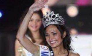 Valérie Begue, Miss Réunion, âgée de 22 ans, a été élue Miss France 2008 samedi soir par les téléspectateurs et un jury de personnalités présidé par le chanteur Patrick Bruel, au Palais des congrès Le Kursaal à Dunkerque (Nord).
