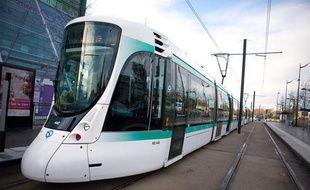 La ligne 2 du tramway à Issy.