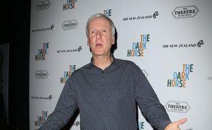 Le réalisateur James Cameron à l'avant-première de Dark Horse à Los Angeles
