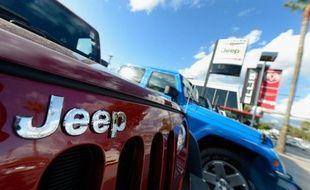 Le constructeur automobile américain Chrysler rappelle 630.000 gros 4X4 Jeep dans le monde pour des problèmes d'airbag ou de transmission, mais poursuit son bras de fer avec l'agence américaine de sécurité routière, qui lui demande de rappeler 2,7 millions d'autres Jeep.