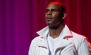 Le chanteur de R&B R. Kelly
