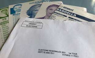 Illustration de tracts électoraux.
