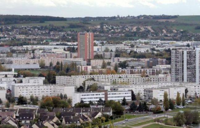 Vue en date du 7 novembre 2013 du quartier du Val-Fourré à Mantes-la-Jolie