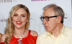 Scarlett Johansson et Woody Allen en  2008.