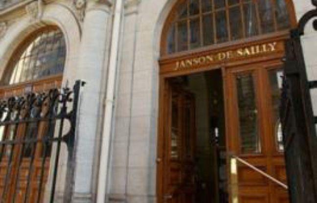 Un élève du groupe scolaire Janson-de-Sailly, dans le 16e arrondissement, a été poignardé ce lundi 15 décembre vers 15h par un autre élève.