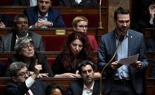Ugo Bernalicis prend la parole à l'Assemblée Nationale