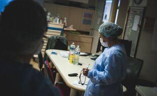 Coronavirus: Plus de 3.400 patients en réanimation (Illustration)