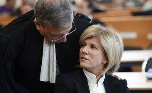 La deuxième semaine du procès de Sylvie Andrieux, jugée à Marseille pour détournement de fonds publics, a été rude pour la défense de l'élue PS, mise à mal par l'audition surprise de son ancien bras droit, qui a confirmé ses accusations de clientélisme.