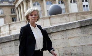 Les huit commissions permanentes de l'Assemblée se sont réunies jeudi pour élire leur président, sans surprise par rapport aux accords intervenus en début de semaine: trois femmes, cinq hommes, aucun écologiste, et Gilles Carrez (UMP) à la tête de la commission des Finances.