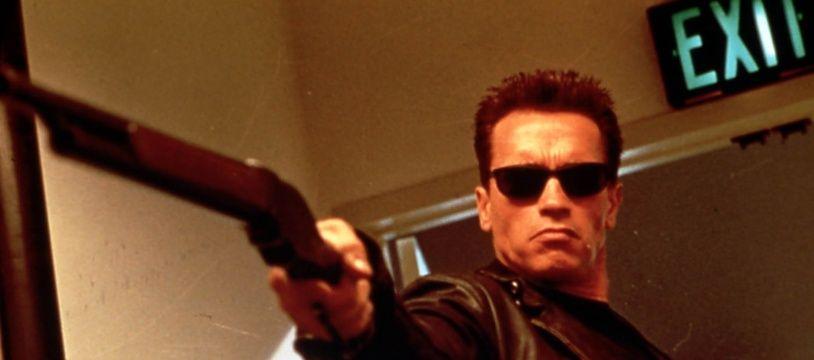 Arnold Schwarzenegger, le célèbre Terminator T-800 à l'apparence humaine.