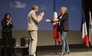 Stéphane Ravier, candidat du RN à Marseille, et Marine Le Pen lors d'un meeting à Marseille.