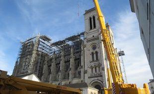 La basilique Saint-Donatien protégée de la pluie