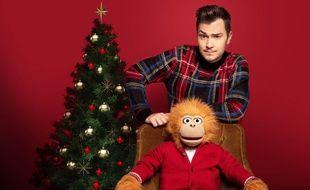 Jeff Panacloc et sa marionnette Jean-Marc fêtent Noël sur TF1.