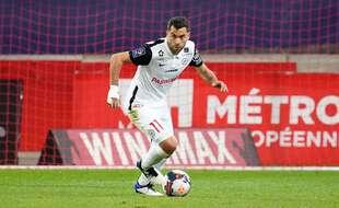 Téji Savanier sous le maillot de Montpellier.