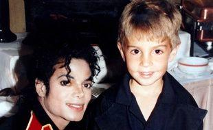 Michael Jackson et Wade Robson (alors âgé de 5 ans).