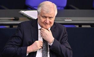 Le ministre de l'Intérieur allemand Horst Seehofer, le 5 mars 2020 à Berlin.