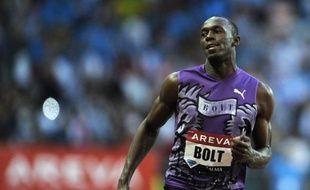 Le sprinteur jamaïcain Usain Bolt, passionné de football, a confié dimanche sur Canal+ qu'il aimerait devenir joueur professionnel après sa carrière d'athlète, pourquoi pas en France, mais de préférence en Angleterre.