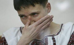 La pilote militaire ukrainienne Nadia Savtchenko comparait devant le tribunal de Donetsk en Russie, le 2 mars 2016, pour le meurtre présumé de deux journalistes